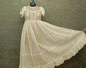 SALE.vintage.1920s.ORGANZA.white.dress