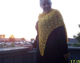 Bright Idea Triangle Shawl
