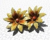 SALE......1960s vintage LISNER yellow flower earrings