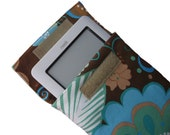 sleeve for Kindle, nook, Kobo, Galaxy Tab, padded and moisture resistant cover, Sole fabric by Valori Wells