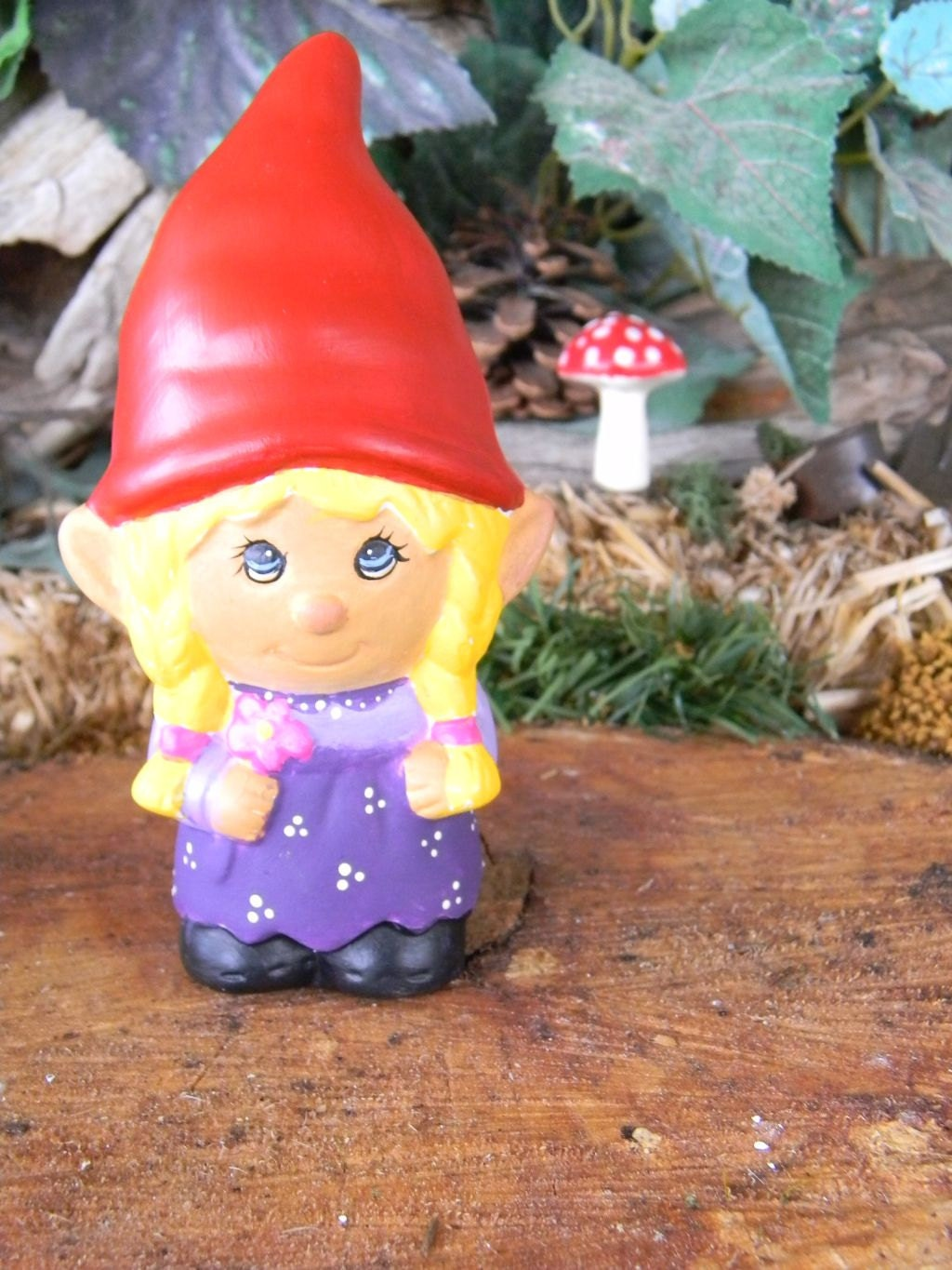 Garden Gnome Ceramic Girl Lady Miss Gnomer Lawn Garden Or