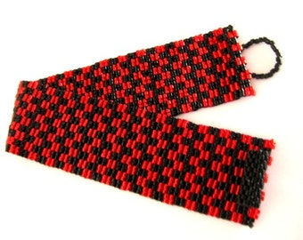 Beadwork Peyote Bracelet in Red and Black Seed Bead Beaded Beadwoven Classic