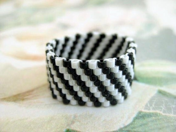 Peyote Ring  - Beadwork Seed Bead Ring Band Striped size 4, 5, 6, 7, 8, 9, 10, 11, 12, 13