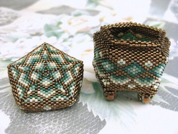 Jewelry Box  Beadwoven Tiny  Art  Home Decor  Handmade  Peyote