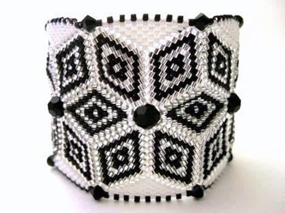 Beadwork Peyote Bracelet in Black, White and Silver Beaded Beadwoven Handmade Wide Star