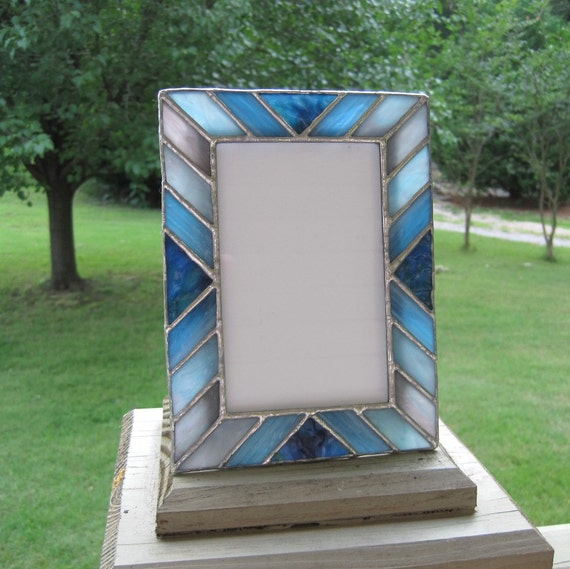shades of blue 4 x 6 stained glass picture frame. Black Bedroom Furniture Sets. Home Design Ideas