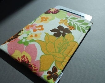 kindle oasis case / Kindle Touch Cover /  Kindle Paperwhite / Nook HD Plus Case / Nook Tablet Case - Wildflowers Light