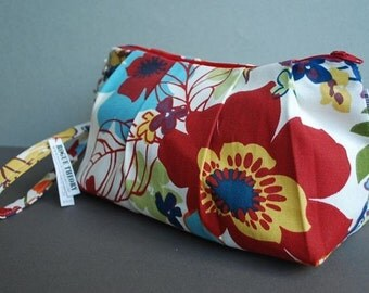 Clutch Bag / Wristlet Bag / Small Purse / Evening Bag / Girls Night Out  - Wildflowers