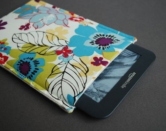 Kindle 7 Case / Kindle Touch Cover /  Kindle Paperwhite / Nook HD Plus Case / Nook Tablet - Wildflowers Bright