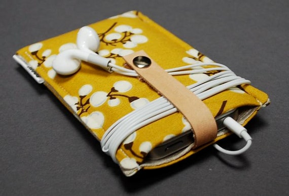 iPhone 6s Case / iPod Case / iPod Nano Case / iPhone 5S / iPhone 6 Plus / iPod Classic / Galaxy S6 Case / HTC One M9 Case - Cotton Branch