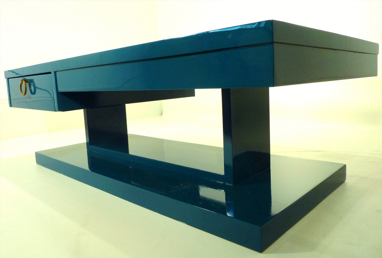 Teal lacquer mid century coffee table by fabulouspieces on for Teal coffee table