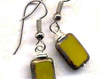 Solid Olive Green  Earrings, Green Earrings, Mod Jewelry, Handmade Jewelry by AnnaArt72