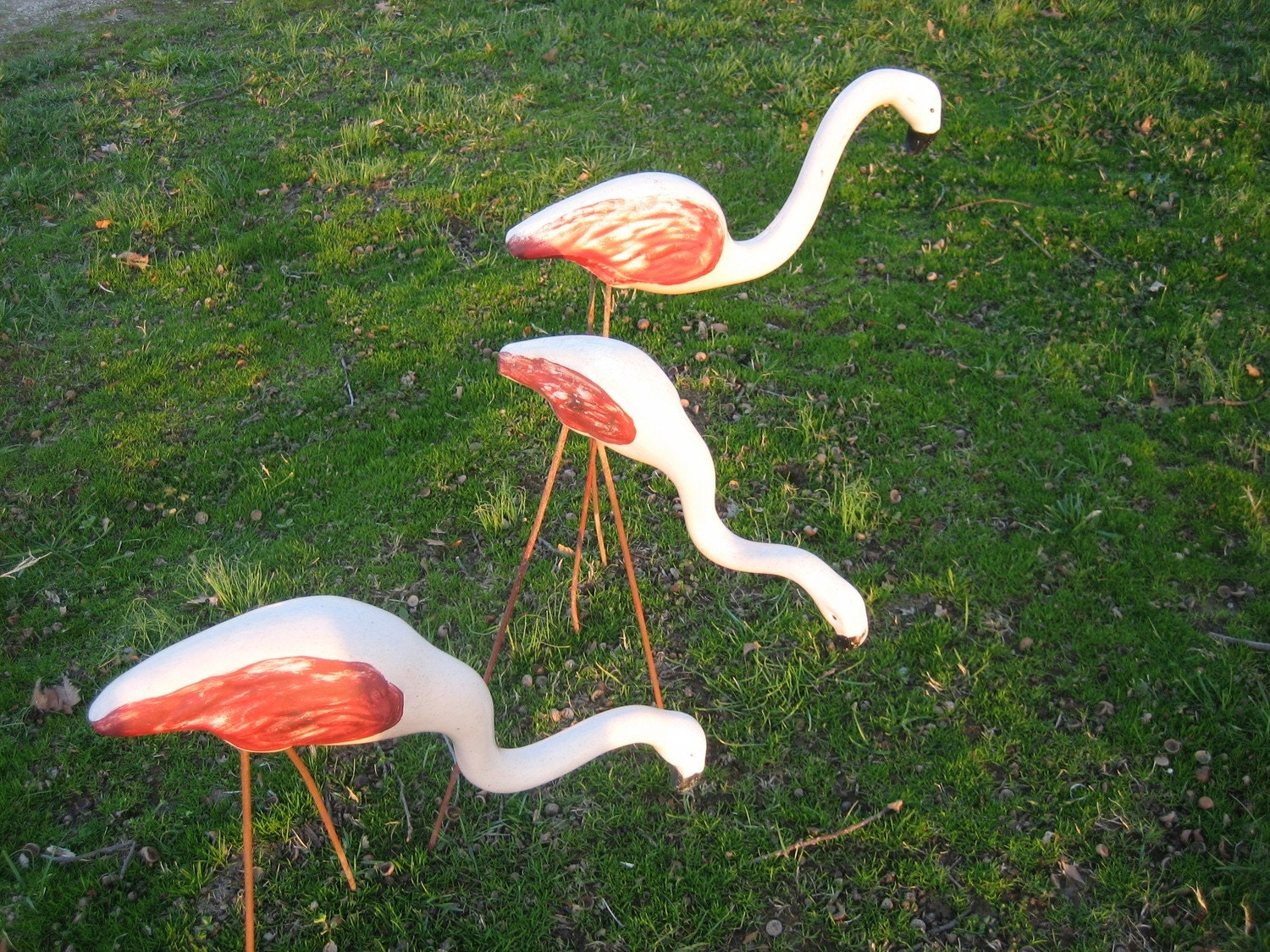 3 Vintage Pottery Yard Flamingos Pink With Legs Yard Ornament