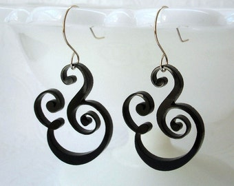 Epershand - Ampersand Earrings