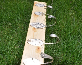 Natural Clear Coat Rack with 5 Hammered Table Spoons