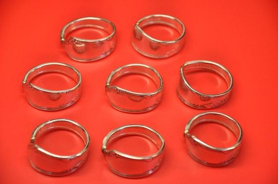 8 Napkin Rings Meadowbrook Pattern