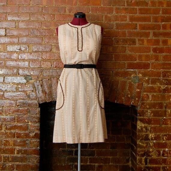 vintage 1960s mod gingham picnic dress, size large ( l )