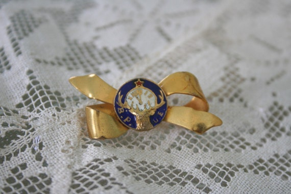Vintage Enamel Elks Lodge BROOCH / Pin
