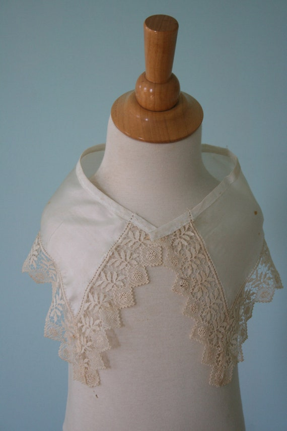 Vintage Silk/Lace COLLAR