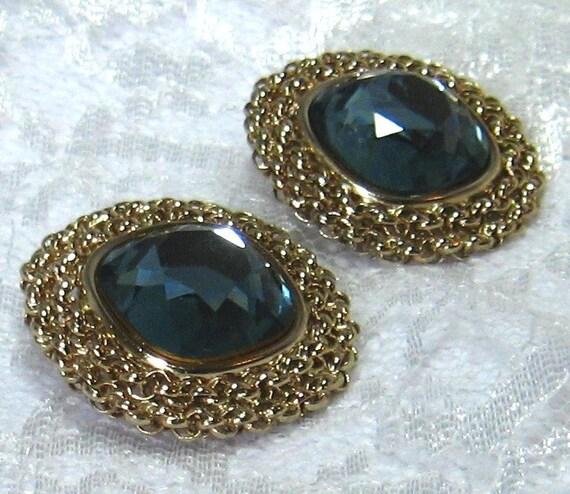 Vintage Earrings Rhinestone Blue Clip On Bergere