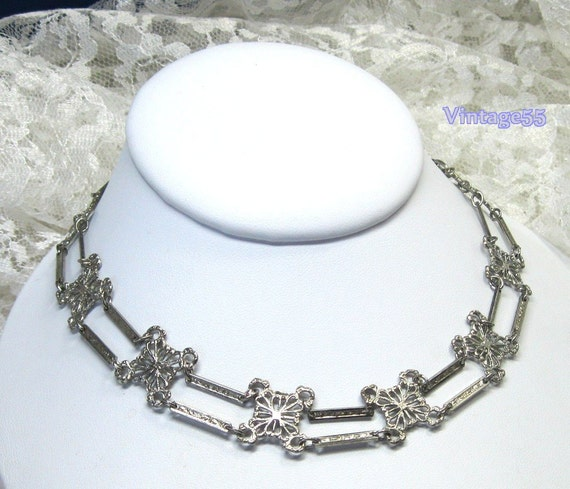 Vintage Necklace  Art Deco style collar