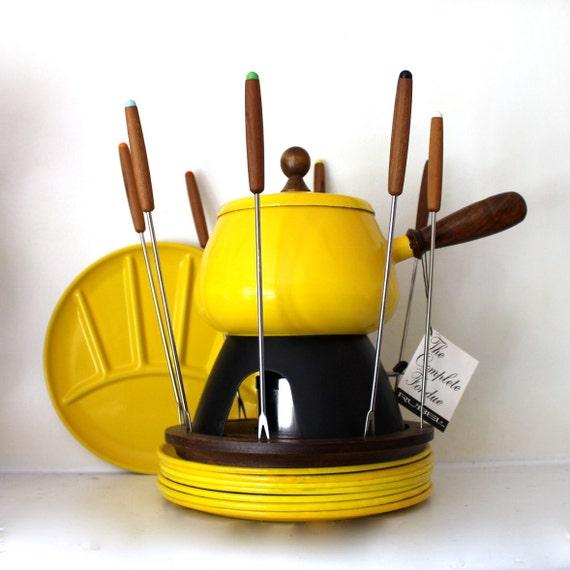 Vintage Enamel Fondue pot with matching Plates set of 8