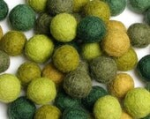 1.5CM Felt Balls/60-Piece - Evergreen Mix