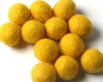 1.5CM Felt Balls/24-Piece - Sunshine