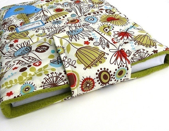 17 inch Laptop or MacBook Sleeve - Quilted Wild Thyme - Birds and Flowers
