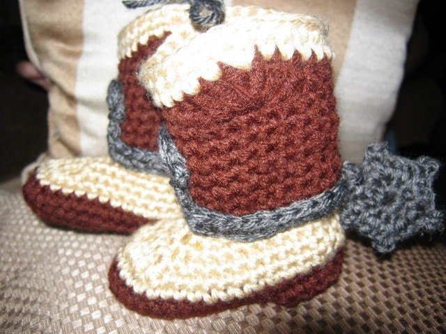 Free Crochet Patterns For Baby Girl Bonnets : Hand Crocheted Baby Cowboy or Cowgirl Boots with Spurs