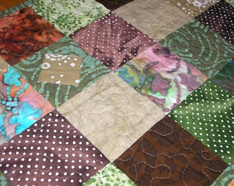 Quilted Table Runner, Batik with Applique
