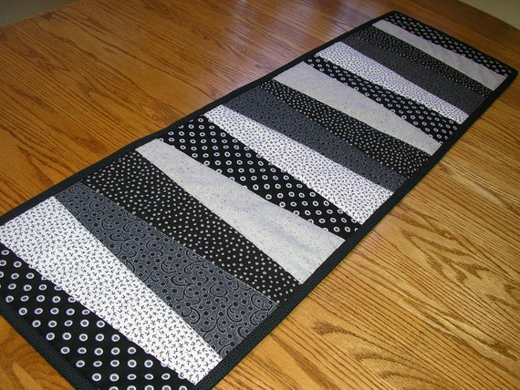 Black, White and Gray Short Runner