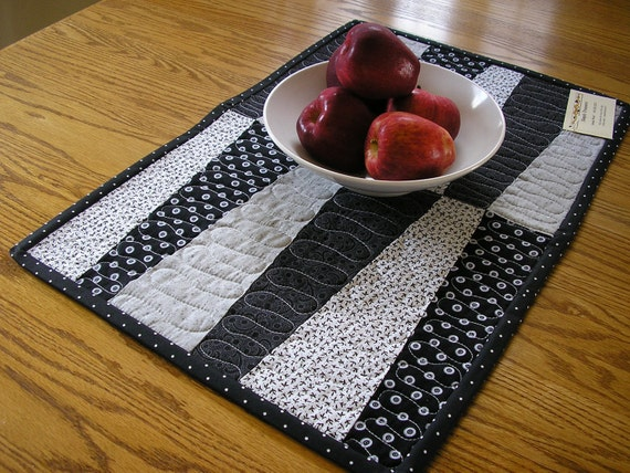 Black and White Table Topper 15 x 23 inches