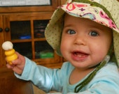 Baby Sun Hat with Butterflies and Polka Dots