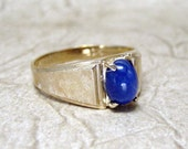 RESERVED - Men's Vintage Star Sappire and 10K Yellow Gold Ring - Blue Cabachon Stone - Circa 1980