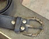 Twisted Horseshoe Belt Buckle