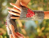 Fingerless Gloves in Heather Grey with Red Roses