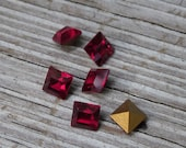 Siam Swarovski crystal 4mm square chaton gold foil pointed back beads