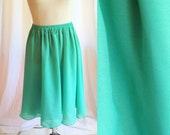 Vintage Mint Green Flowing Skirt. Size 10. Medium Large. Dance. Elastic Waist. Summer. Flirty. Fun. Bright. Feminine. 1980s.