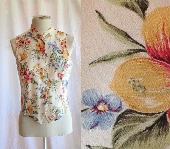 Vintage Beige Floral Colorful Short Top- sleeveless, vintage blouse, spring, summer, button up, size medium, 1990s