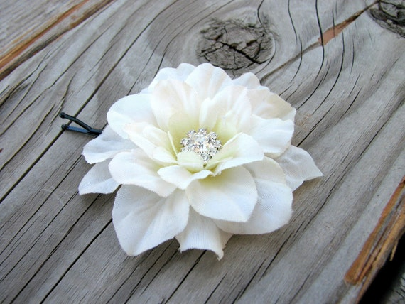 Small Light Ivory Flower Fascinator Hair Clip Bridal Hair Piece Floral Brooch Pin Little Rhinestone Crystals Wedding Hair Jewelry