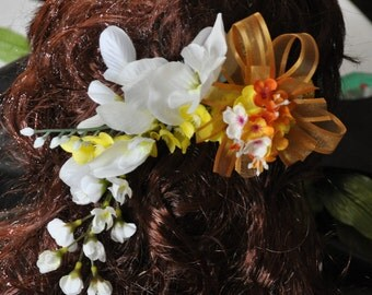 Floral hair beak - Great for weddings, proms, special occasion