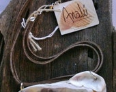 short necklace oyster shell