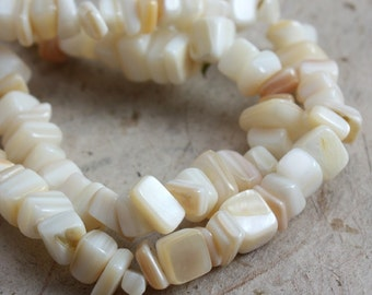 Natural Mother of Pearl Chips Full Strand