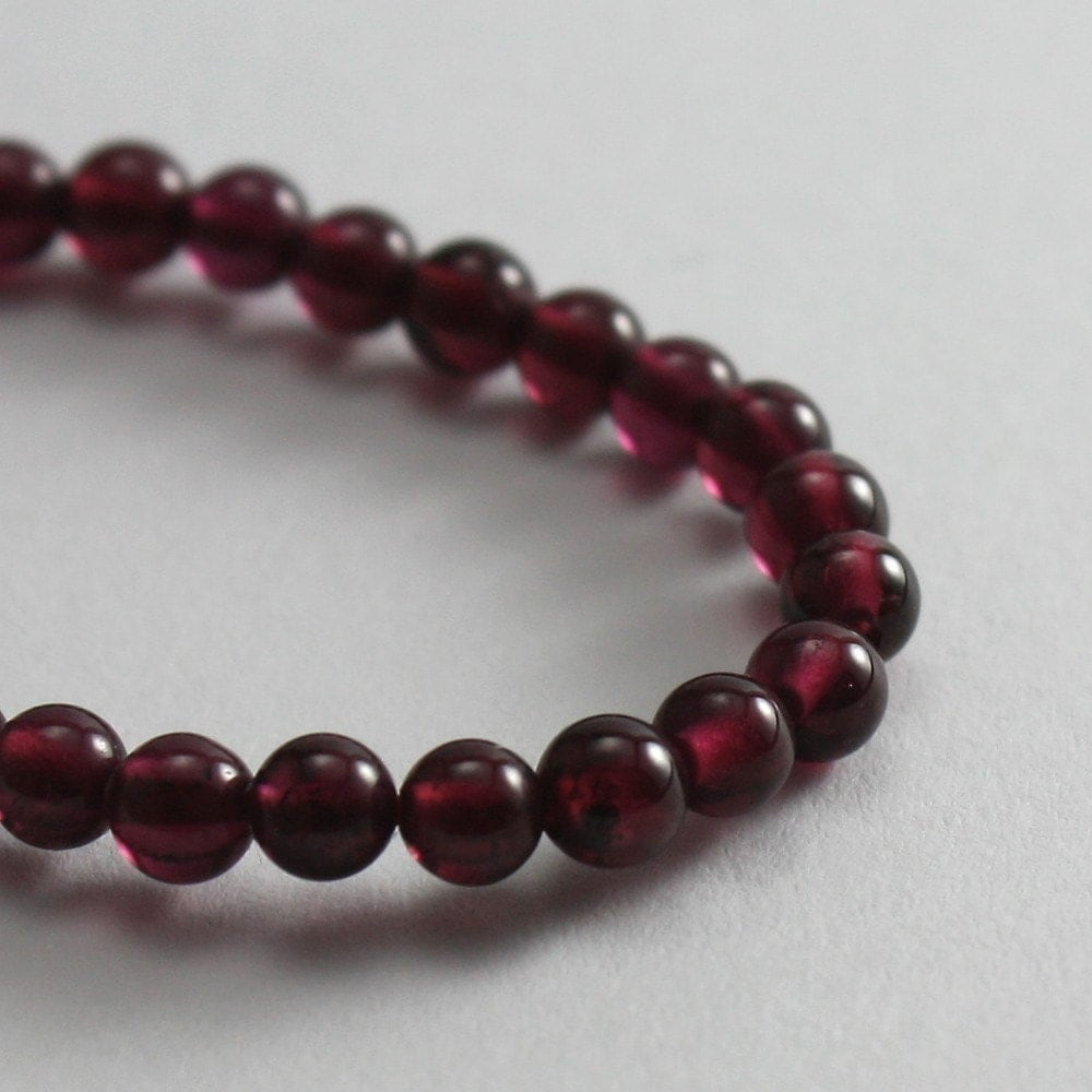 garnet 4mm 20 pieces