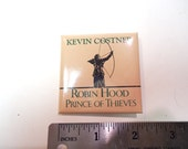 1991 Robin Hood Prince of Thieves warner bros. movie promo button pin