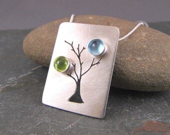 Birthstone Necklace Custom Mother's Family Tree Necklace with Birthstones in Budding Tree