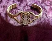 Bracelet Celtic Knot Arthritis Copper Brass Magnet