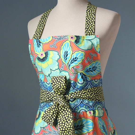 Spring Fling Full Apron with Bold Tropical Floral Amy Butler Fabric