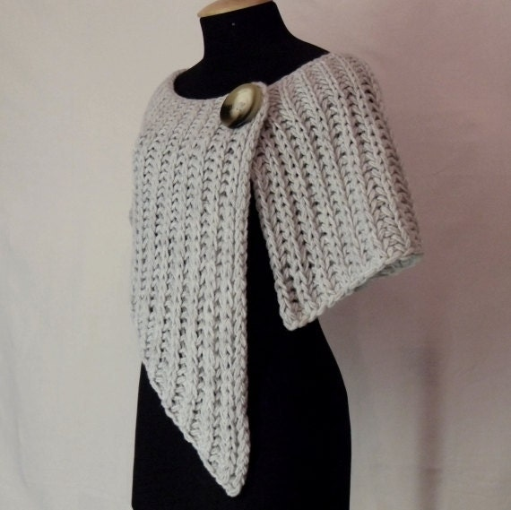 Wrap in light grey - knitted and very elegant, great gift idea